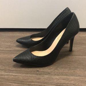 Matte Black Snakeskin Pumps - Size 6.5 - Jessica Simpson